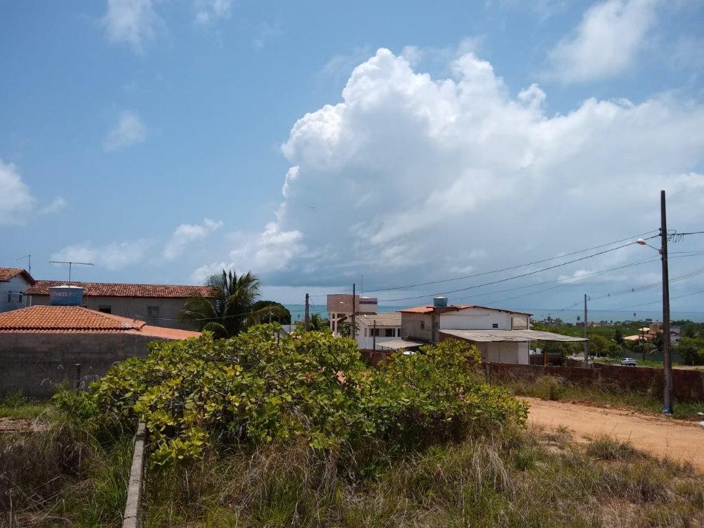 Esquina, 900 m², 250 metros da Praia do Amor! Super Vista!