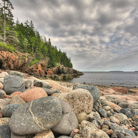 Hunter's Beach by Robert Burger - Landscapes Beaches
