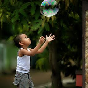 Fly away by Rakhman Matsunaga Stavolt - Babies & Children Children Candids