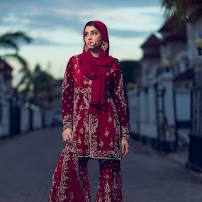 evening brightness by Zahir Panjwani - People Fashion
