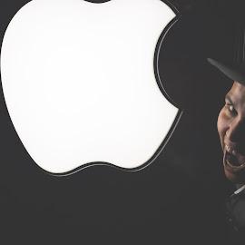 Apple by Brian Melendrez - People Portraits of Men ( lovemyjob, brian, applesauce, grandcentral, newyork )