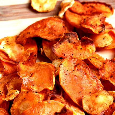 Baked Sweet Potato and Parsnip Chips
