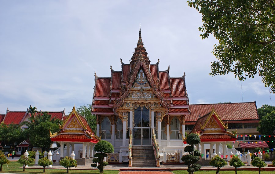 Wat Hatyai Nai #2 by Mulawardi Sutanto - Buildings & Architecture Places of Worship ( hatyai, nai, thailand, temple, wat, travel )