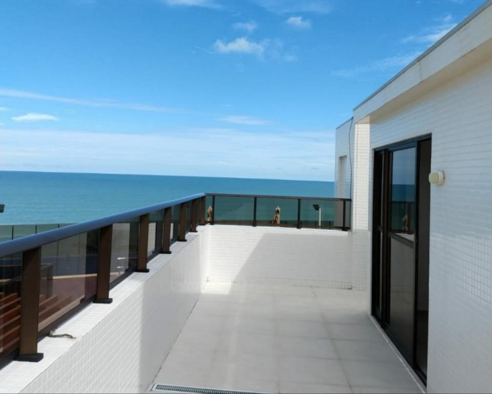 Apartamento Duplex com 4 dormitórios para alugar, 378 m² por R$ 6.920/mês - Intermares - Cabedelo/PB