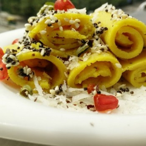 Khandvi Recipe (Indian Gujarati Snack)