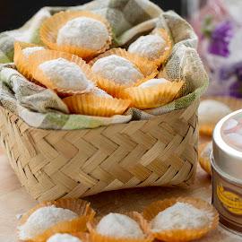Putri Salju by Ummi Noviziah - Food & Drink Cooking & Baking ( #cookies, #baking, #indonesia, #indonesianfood, #kuekering )