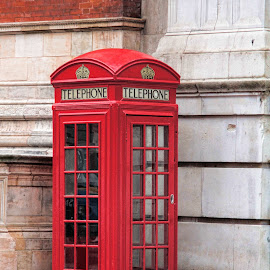 English telephone by Ruth Sano - Artistic Objects Other Objects ( phone, red, british, phone booth, engish, telephone,  )