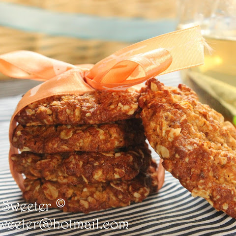 Chewy, Crunchy and Oh So Munchy Oat Biscuits