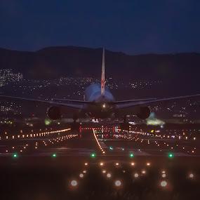 Night flight by Ryusuke Komori - Transportation Airplanes ( airport, japan, airplane, osaka, night )