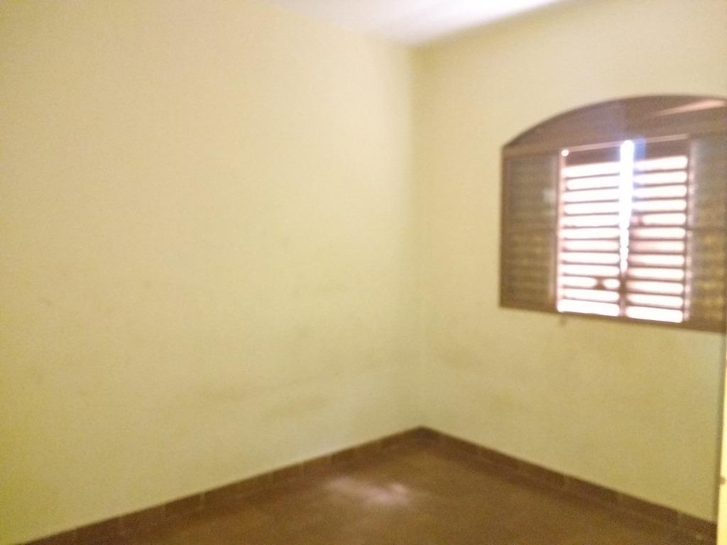 Casa residencial à venda, Núcleo Habitacional Silvério Cartafina, Uberaba.