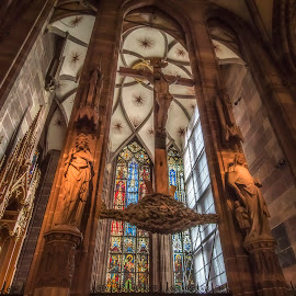 Cathédrale Notre-Dame de Strasbourg by Ole Steffensen - Buildings & Architecture Places of Worship ( interior, altar, alsace, france, cathedral, cross, strasbourg )