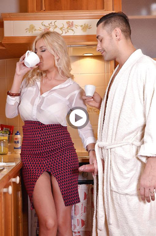 Busty blonde mom Candy Manson giving handjob and bj before tit fucking  656229