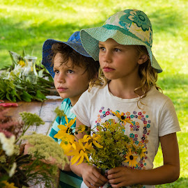Holding Flowers by Carl Albro - Babies & Children Children Candids ( children, flowers )