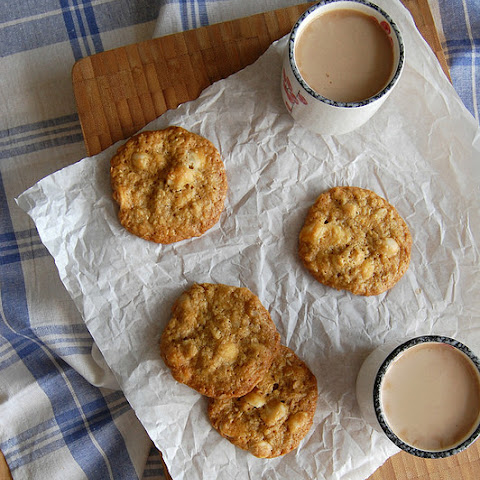 Macadamia And White Chocolate Chip Cookies
