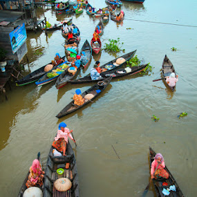 floating market by Rachmat Sandiko - Transportation Boats