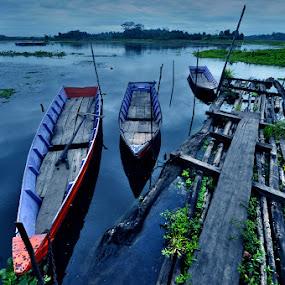 by Harry Aiee - Transportation Boats
