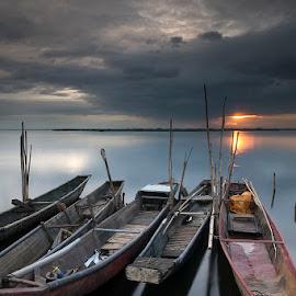 The Year That Was by James Enriquez - Landscapes Sunsets & Sunrises ( sunset, boats, landscape photography, long exposure, angono )