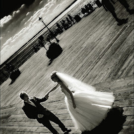 Shore Dance by Pete Bristo MBE  - Wedding Old - Dancing