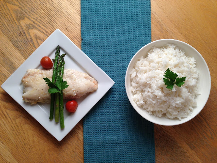 Pan Fried Hake with Coconut Rice & Asparagus Recipe | Yummly