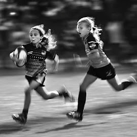 Girls Rugby  by 國驥 謝 - Sports & Fitness Rugby ( hong kong, girls rugby, min rugby, motion, rugby )