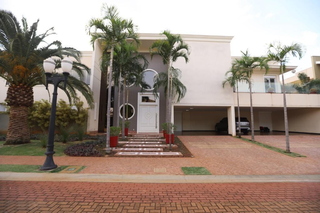 Casa em Condomínio com quartos para Alugar, 1626 m²