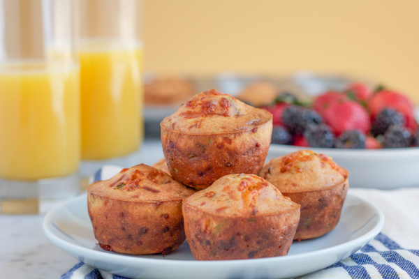 Cheddar Cheese Chive and Bacon Muffins Recipe | Yummly