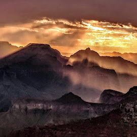 Morning Light by Kimberly Sharp - Novices Only Landscapes ( nature, cellphone photo, landscape photography, sunrise, light, grand canyon )