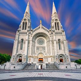 Basilique Sainte-Anne-de-Beaupré by Dragan Milovanovic - Buildings & Architecture Public & Historical