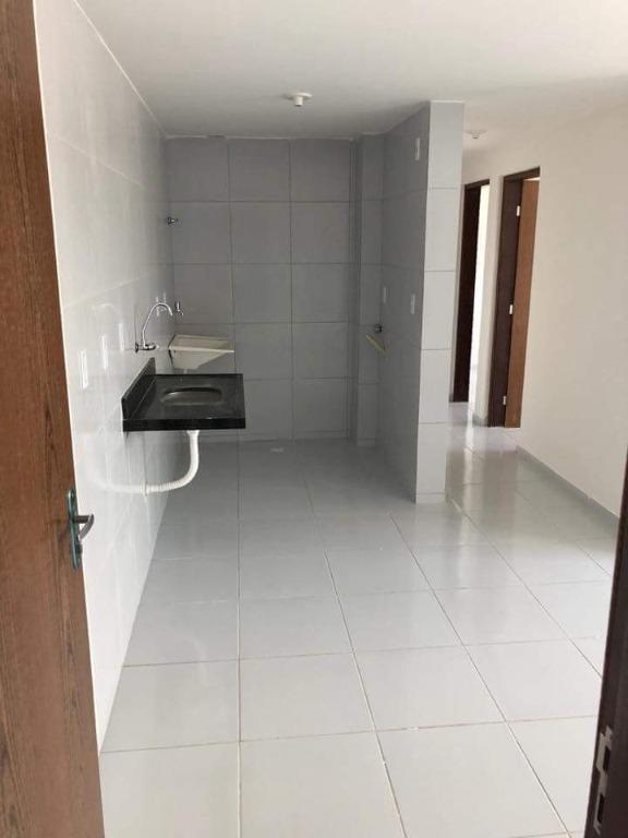 Apartamento com 2 dormitórios para alugar por R$ 450/mês - Valentina - João Pessoa/PB