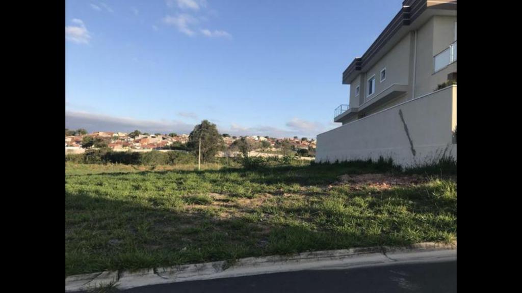 Terreno à venda, 360 m² por R$ 250.000 - Condomínio Villa do Sol - Valinhos/SP