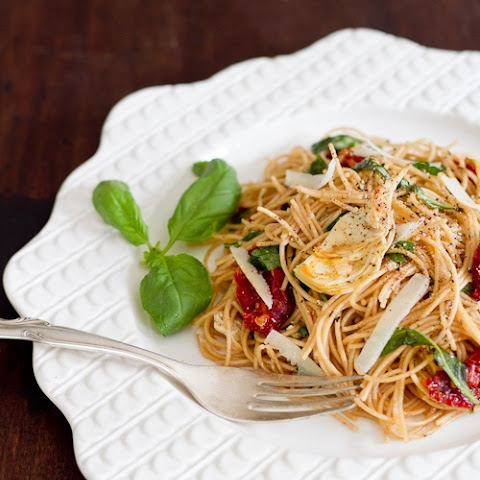 Sundried Tomato and Artichoke Pasta