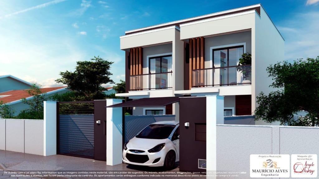 Sobrado com 2 dormitórios à venda, 66 m² por R$ 195.000 - Centro - Tijucas/SC