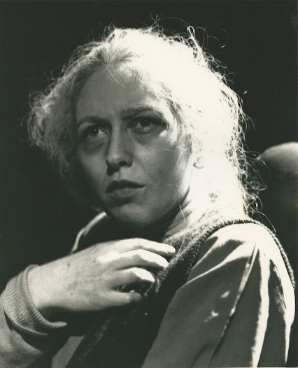 Marie Mullen, playing the part of the Widow as a youthful and attractive rival to Pegeen for Christy's love.