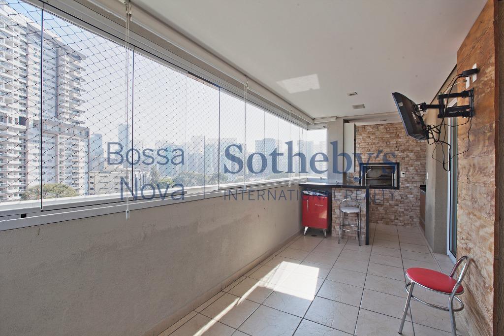 Apartamento próximo à Berrini e à Hípica Paulista, Brooklin, São Paulo.