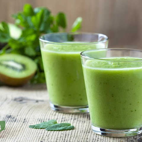 Weight Loss Kiwi Ginger Green Machine Smoothie