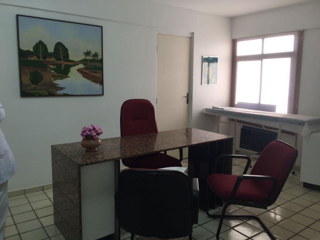 Sala para alugar, 50 m² por R$ 1.300/mês - Cabo Branco - João Pessoa/PB