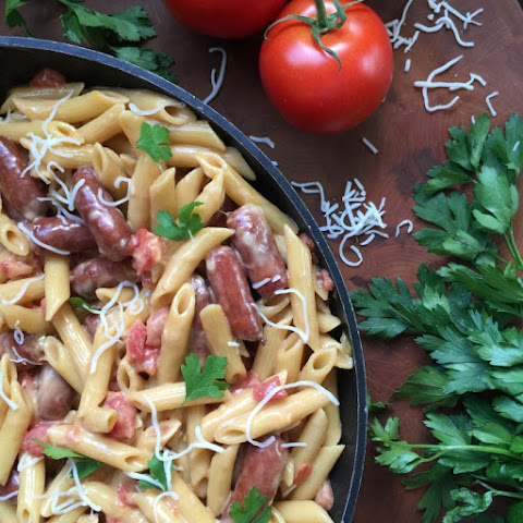 Easy One Pot Cheesy Smoked Sausage Pasta