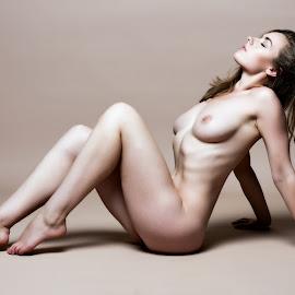 by Riaan Rampix - Nudes & Boudoir Artistic Nude ( nude )