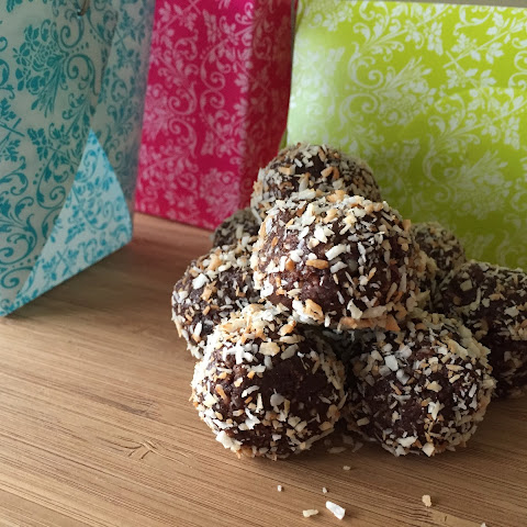 Toasted Coconut & Almond Chocolate Truffle Bites