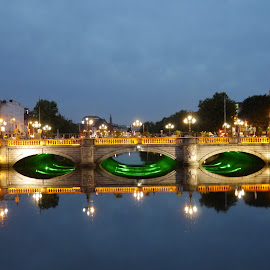Dublin by Jimmy Fitz - City,  Street & Park  Street Scenes ( lights, lowlight, dublin, bridge, city )