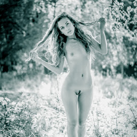 Sabi / Shade 1 by Mika Leinonen - Nudes & Boudoir Artistic Nude ( nude, beauty, shade, toned )