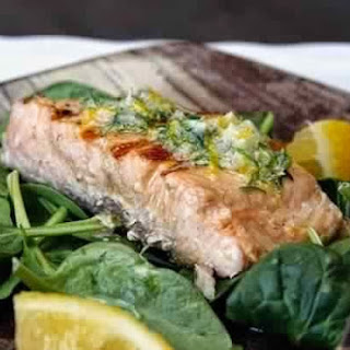 Grilled Salmon With Herb Butter And Lemon