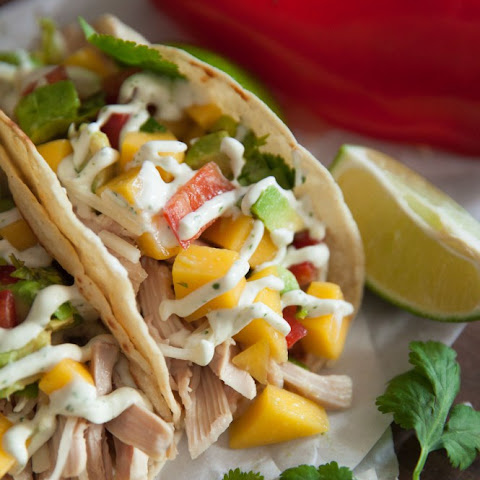 Garlic Lime Chicken Street Tacos