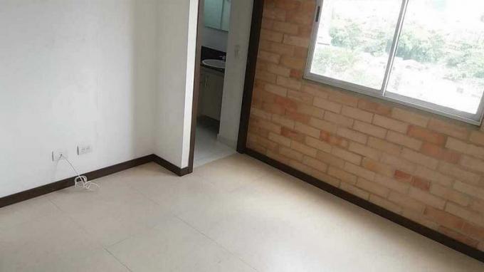 apartamento en arriendo la doctora 679-18981