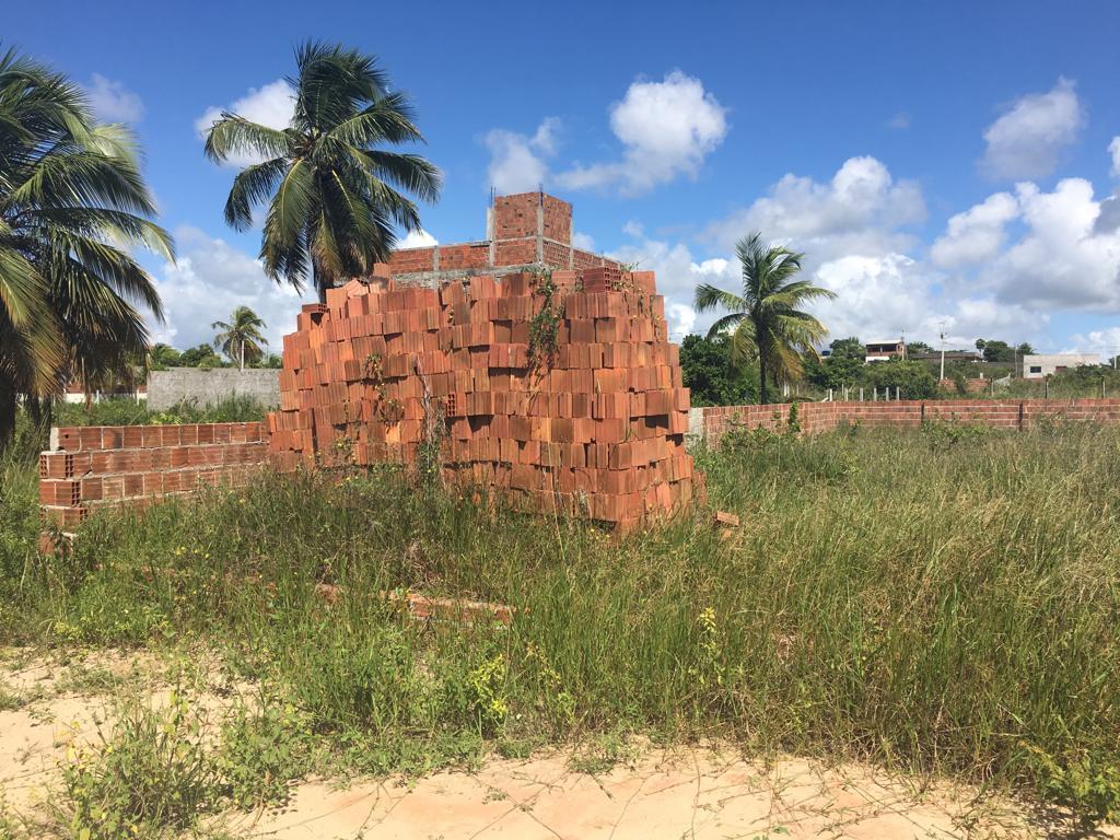 Terreno à venda, 360 m² por R$ 35.000,00 - Praia de Carapibus - Conde/PB
