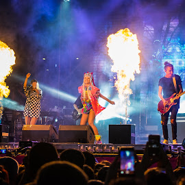 light my fire !!! by Liviu Golgojan - People Musicians & Entertainers ( music, concert, delia, show, romania, stage, fire )