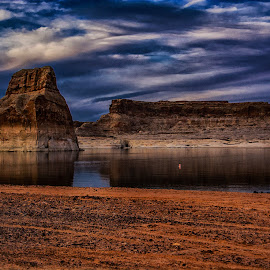 End of Day by Richard Michael Lingo - Landscapes Waterscapes ( lake powell, waterscape, arizona, lone rock, landscape )