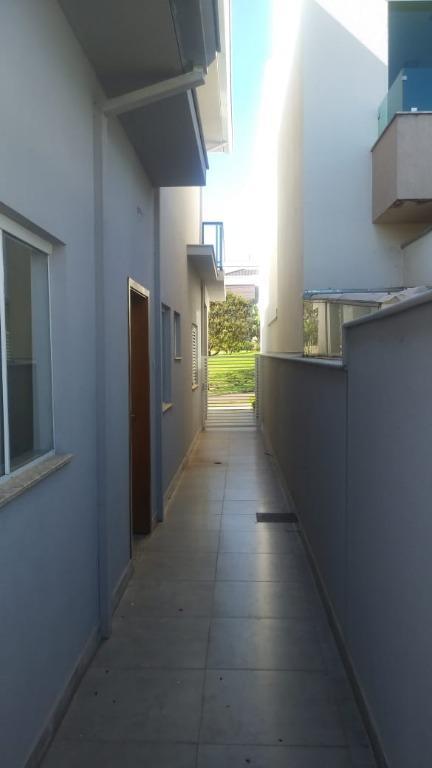 Casa em Londrina-PR no CondomínioRoyal Forest