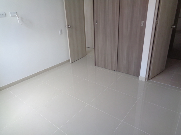 apartamento en arriendo holanda 594-19866