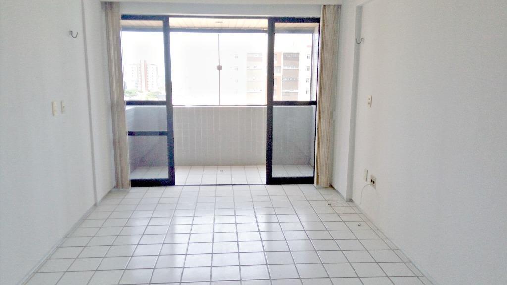 Apartamento residencial à venda, Manaíra, João Pessoa - AP5922.